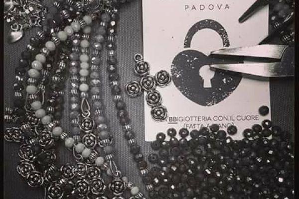 padova-fashion-design-la-barbs-05F4244347-94CA-16D3-8F75-95BB876ED9E9.jpg