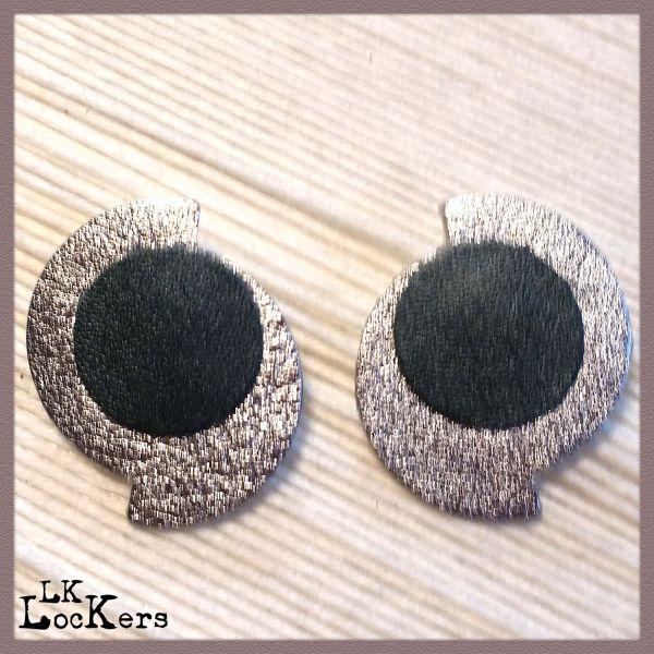 lk-lockers-orecchini-in-pelle-smolly-silver4-0138EE34F2-D75B-3FB6-A12C-D1EE12C303F8.jpg